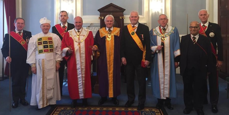 A Fourth Consistory for London